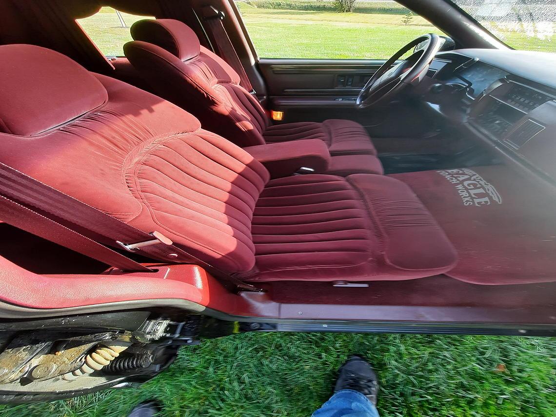 96 eagle roadmaster interior